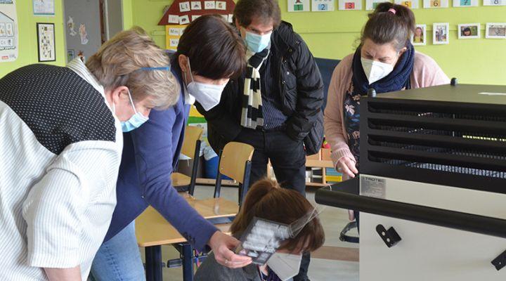 Walter-Gropius-Schule, Luftreinigungsgeräte, UVB