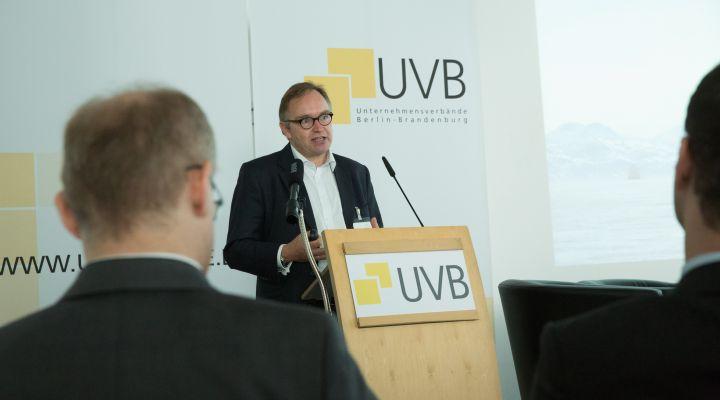 Christian Böllhoff, Prognos AG