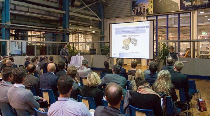 Abschlusspräsentation im Mercedes-Benz-Werk-Berlin