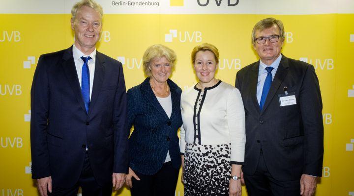 UVB-Bierabend: Christian Amsinck, Monika Grütters, Frankziska Giffey, Dr. Frank Büchner