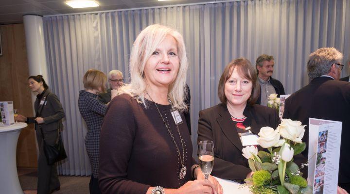 Sigrun Schneider und Beate Günther