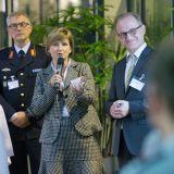 Martina Neise und Sven Weickert begrüßen die Teilnehmer der Abschlusspräsentation