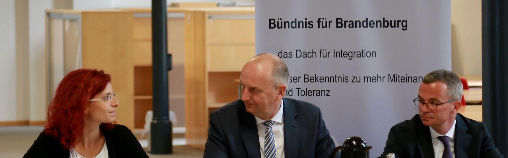 Diana Golze, Dr. Dietmar Woidke und Albrecht Gerber